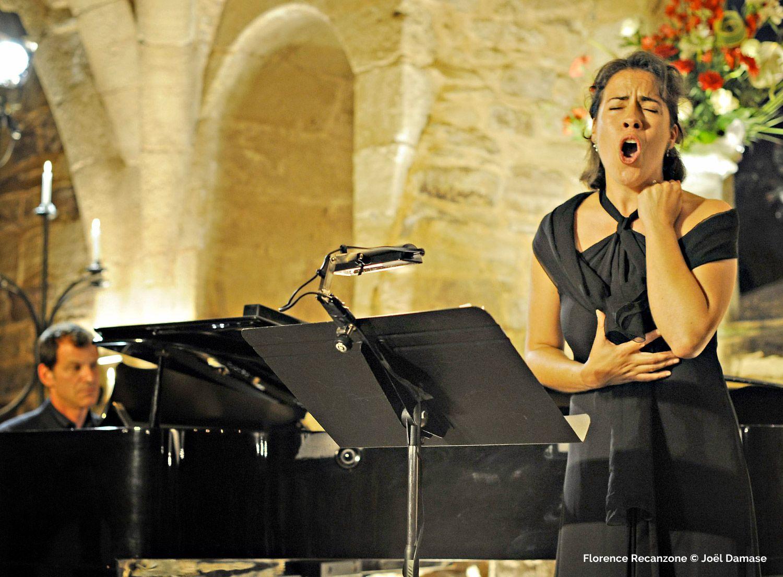 Florence Recanzone - Artiste Lyrique Mezzo-soprano